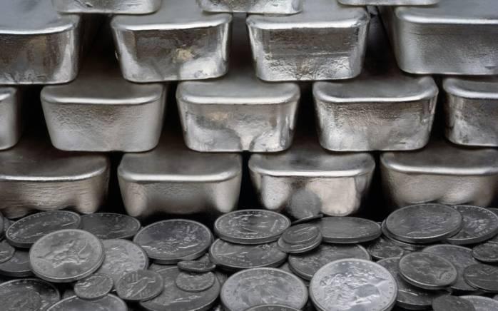 Стоимость серебра в 2017 году.