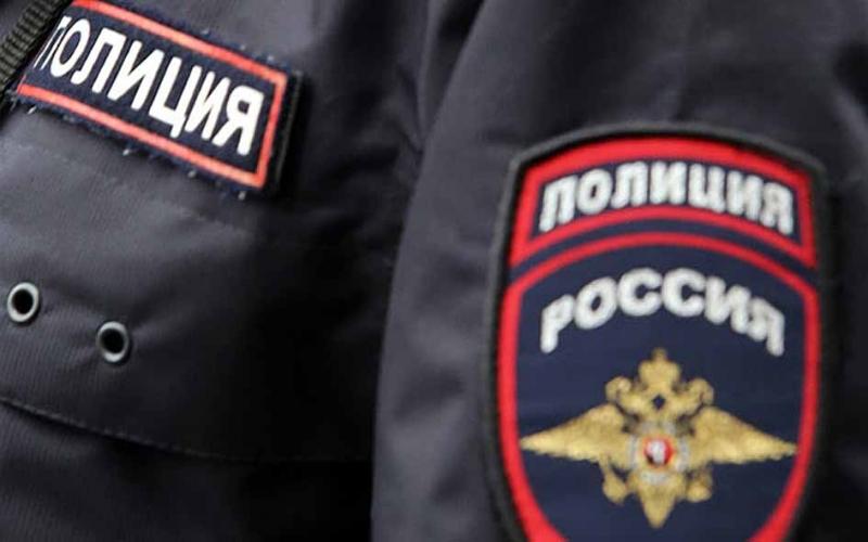 novgorodtsa-ugrozhavshego-vzorvat-ballon-s-gazom-budut-sudit-za-oskorblenie-politsejskogo