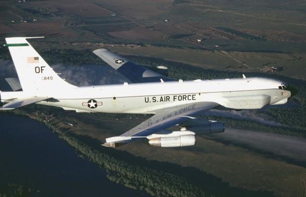 1464170206_rc-135u_combat_sent_in_flight.jpg