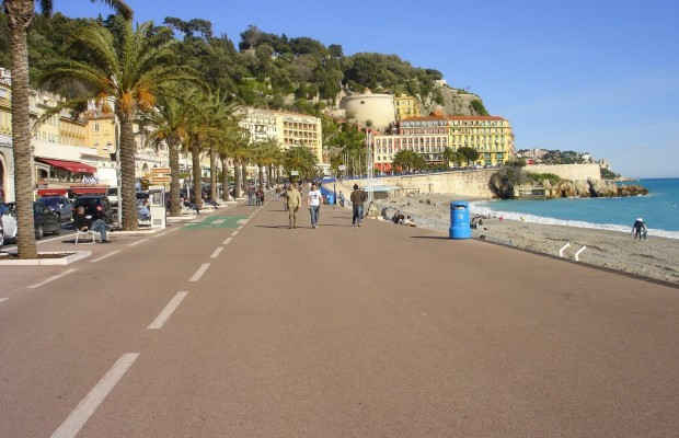 1468573401_www.getbg_.net_world___france_promenade_in_nice__france_072975_.jpg