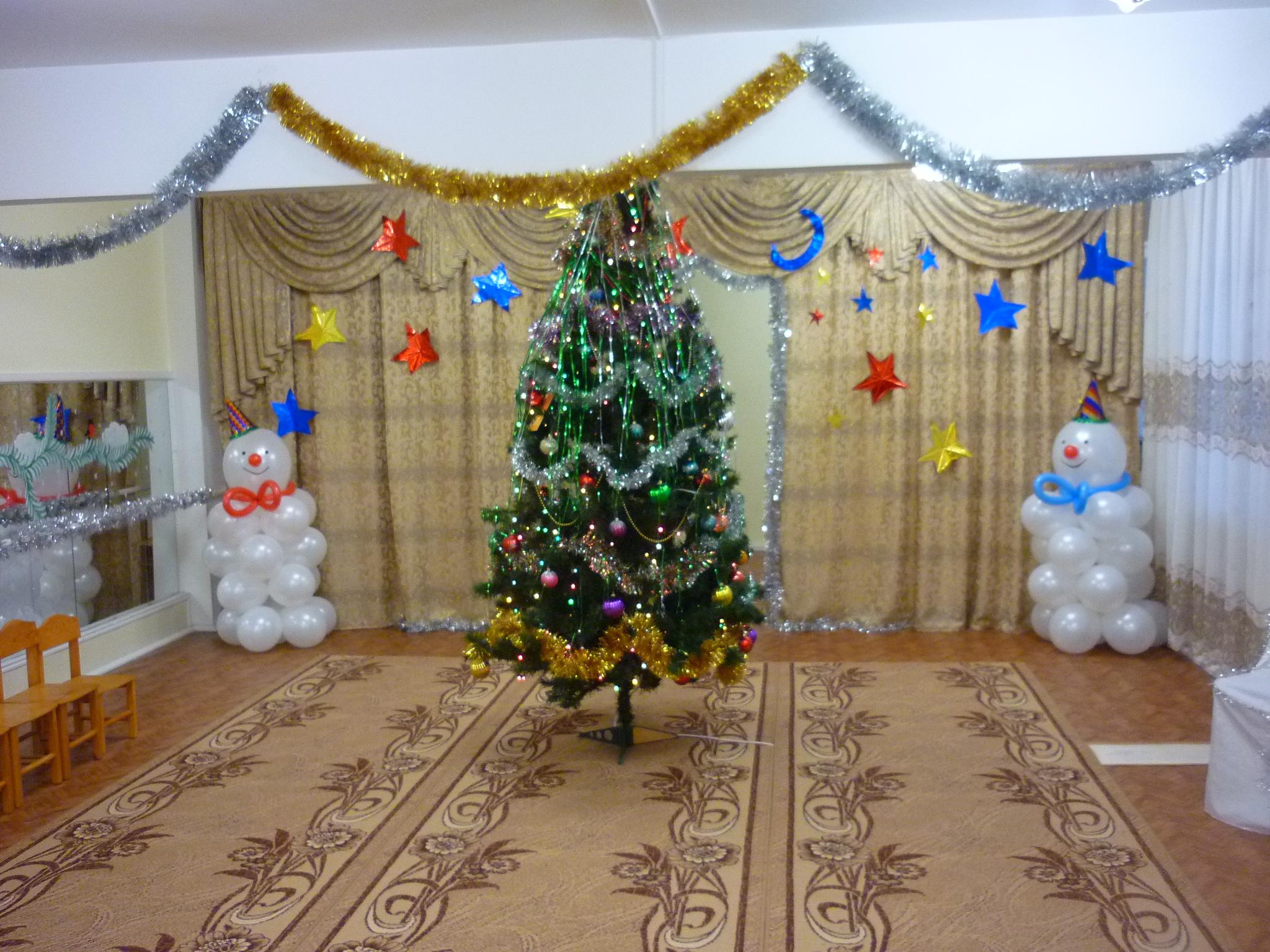 Новогоднее украшение для детских садов