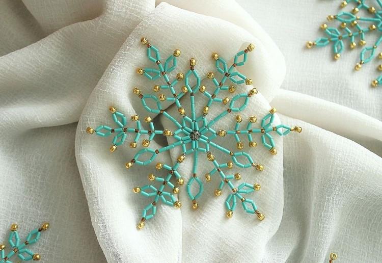beaded_snowflakes_12