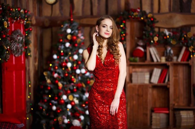 Роскошные платья на Новый год 2019